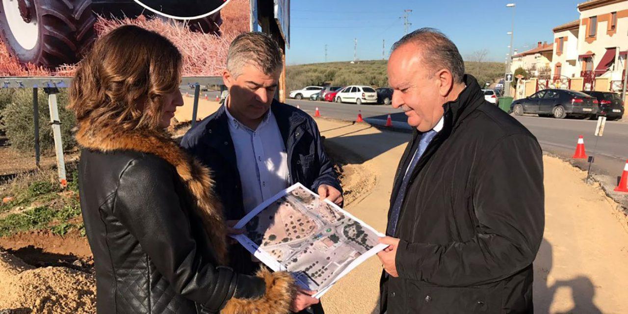 Continúan las obras de ampliación y reordenación del acceso al Polígono Industrial Cañada de la Fuente de Martos