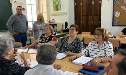 Cerca de 200 personas se forman en la sección de educación permanente 'Federico García Lorca'