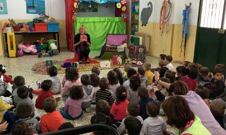 La Escuela Infantil Municipal Virgen del Pilar asiste a la actividad 'Nubes de algodón'