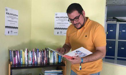 """Amplio catálogo de libros en la """"bibliopiscina"""" de Bellavista"""