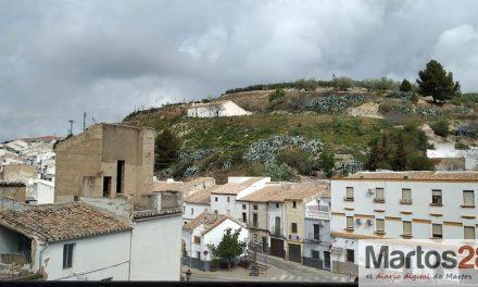Formalizado el contrato para la adecuación  del entorno del Cerro Alto y Cerro Bajo de Martos