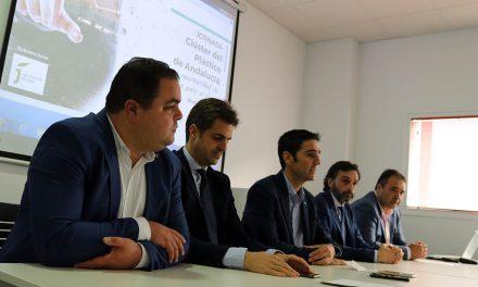 Andaltec explica los primeros pasos y la estrategia de futuro del Clúster del Plástico de Andalucía en una jornada celebrada en Alcalá la Real