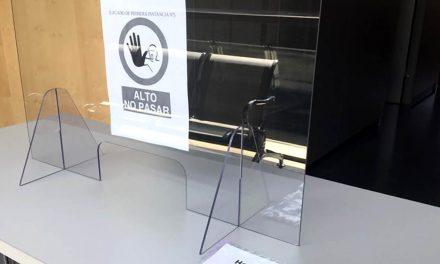 Justicia instala mamparas en una de las salas de vistas de Martos para garantizar la seguridad